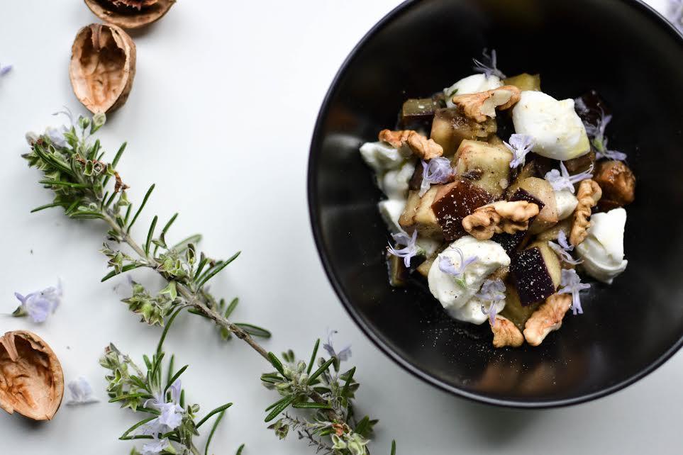 Salade aubergine mozzarella et romarin