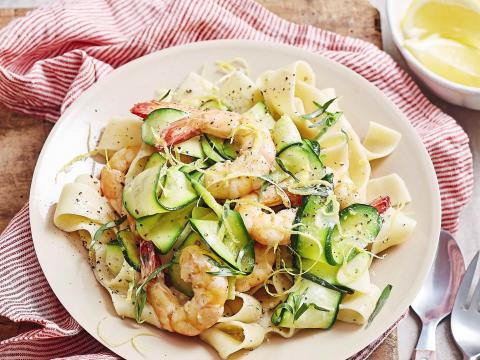 Romige pappardelle met courgettes en scampi's