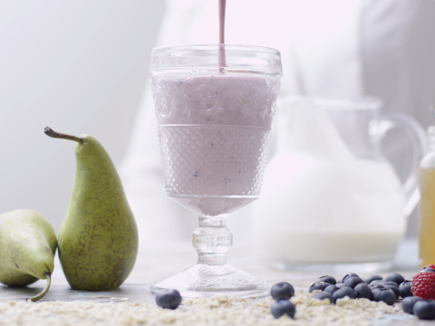Smoothie met vers fruit en havermout