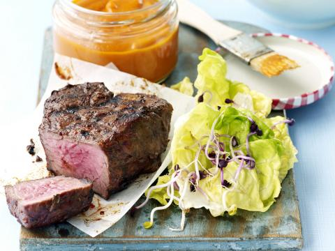 Steak met barbecuesaus
