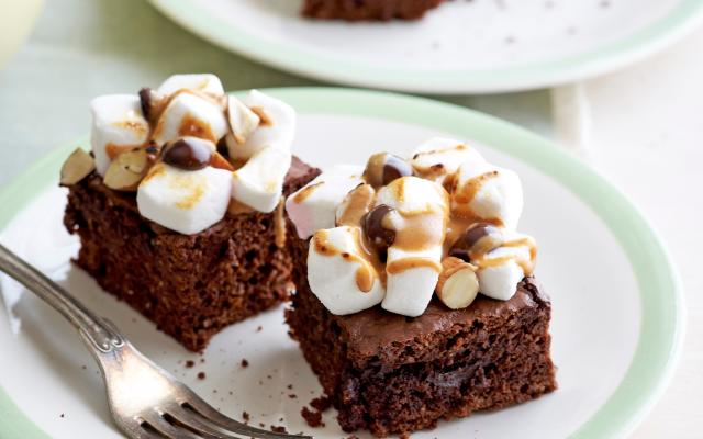 Brownie met marshmallowtopping