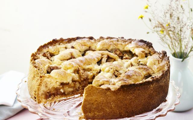 appeltaart met marsepein recept