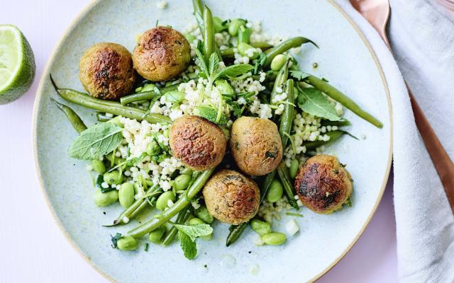 Salade De Couscous Perle Boulettes De Lentilles Cuisine Et