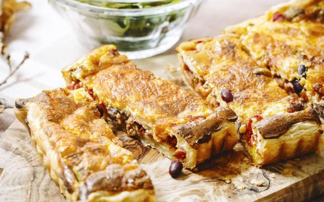 Tex mex cheesy beef quiche