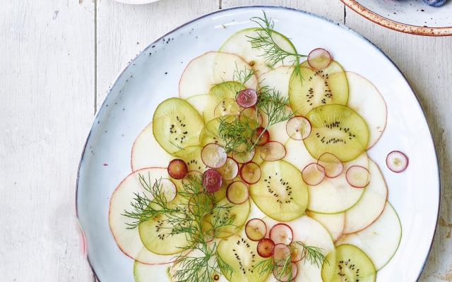 Carpaccio de fruits, sauce au yaourt