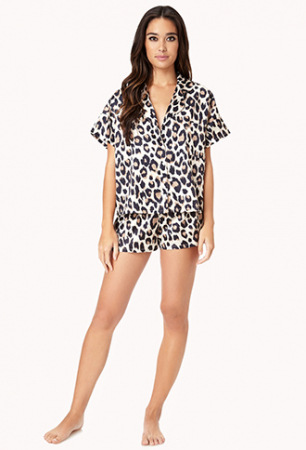 Korte pyjamaset met luipaardprint