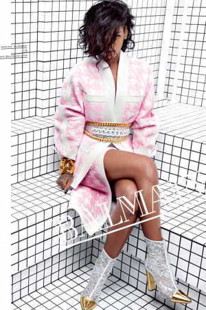 Rihanna voor Balmain