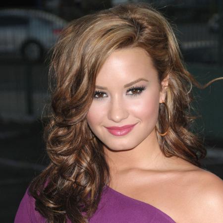 Demi Lovato, 2010