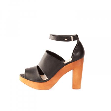 Sandalen – € 39,99