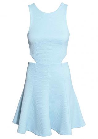 Mouwloze jurk met cut outs