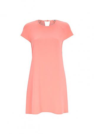 Roze kleedje