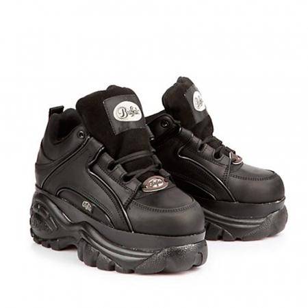Les shoes des années 90 à shopper