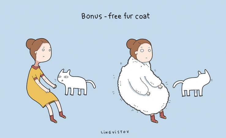 En bonus, le chat offre un manteau de fourrure