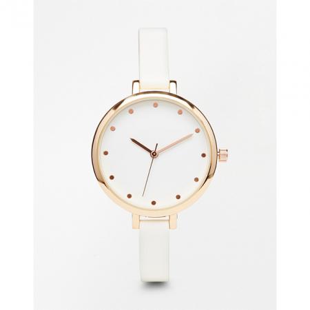 Wit horloge met goud