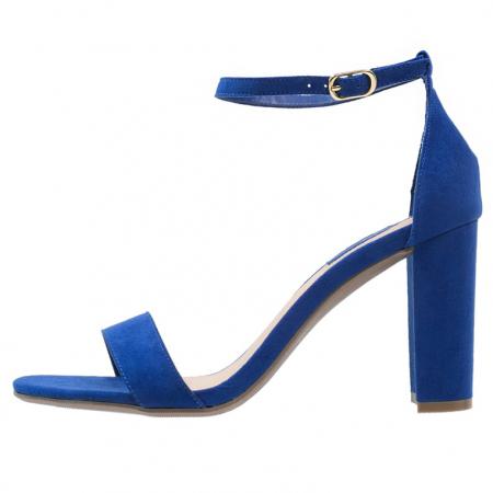 Blauwe sandaal met hoge hak
