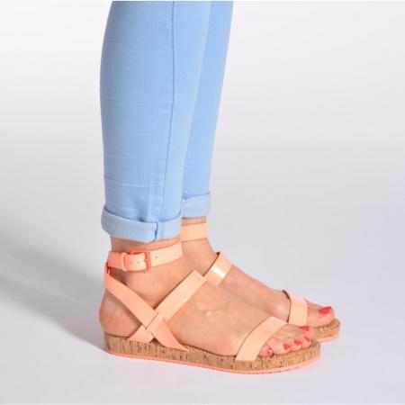 Koraalkleurige sandalen