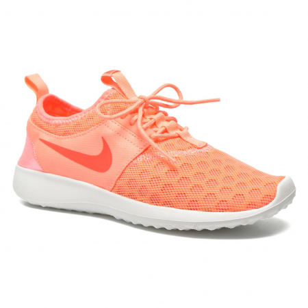 Koraalkleurige sneakers