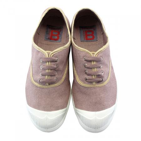 Une paire de chaussures confortables