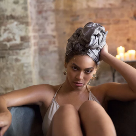 Beyoncé verrast fans