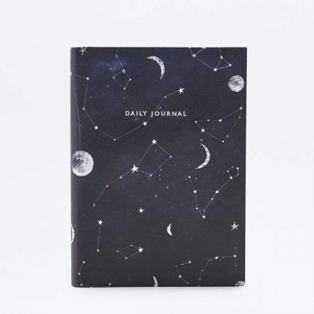 Donkerblauwe agenda met ruimtethema