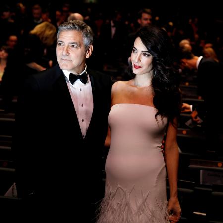 Amal en George op de rode loper van de Cesar Awards