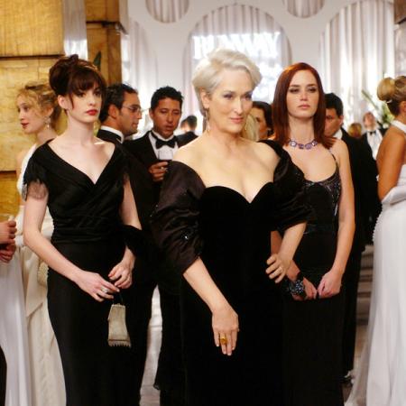 Meryl Streep en Emily Blunt (uiterst rechts)
