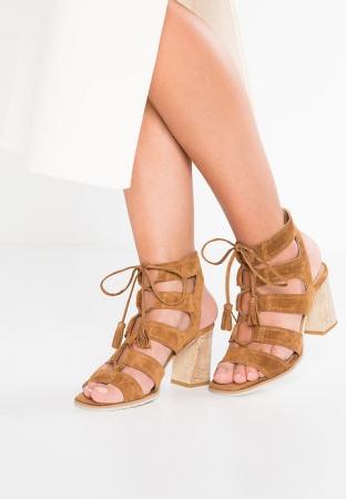 Lace-up-sandalen