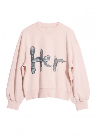 Her sweater – 59 euro