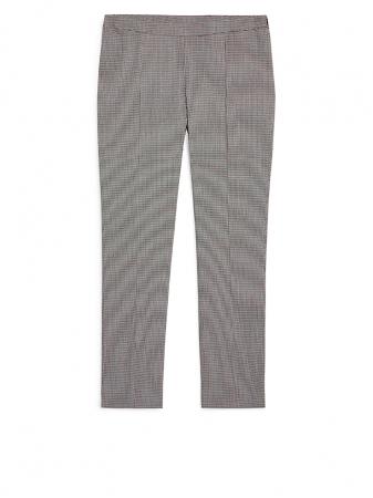 Pantalon pied-de-poule, 59 €.