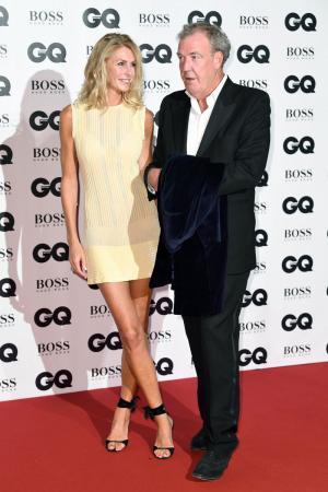 Presentator Jeremy Clarkson met zijn vriendin Lisa Hogan
