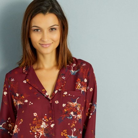 Chemisier fleuri façon haut de pyjama