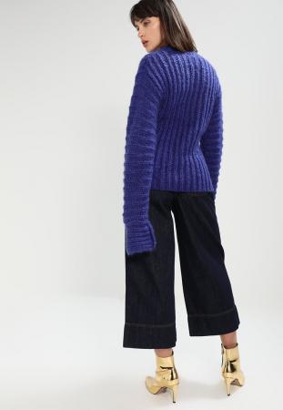 Pull oversize en grosse mailles bleu indigo