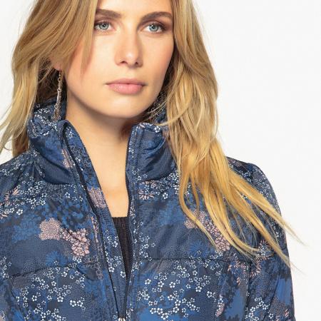 Le Manteau à Motif Est Il Un Fashion Faux Pas