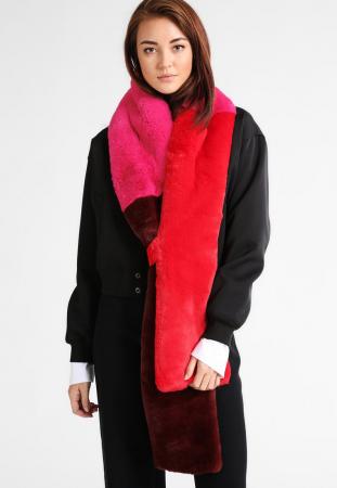 Ruil je donkere sjaal in voor een met kleur