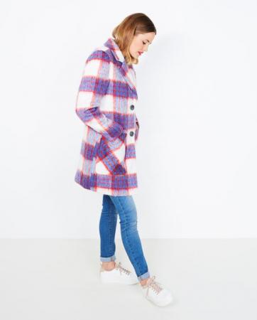 Kies een kleurrijke jas