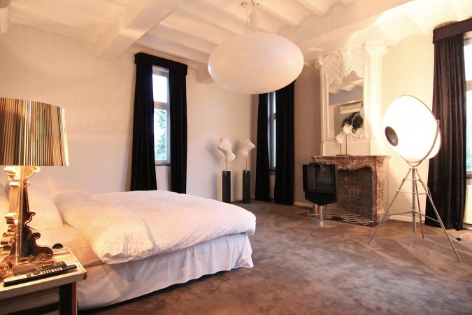 Royal suite: bedroom