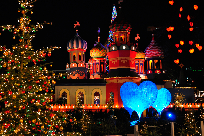 Kerstmis in pretpark Tivoli (Kopenhagen), Denemarken