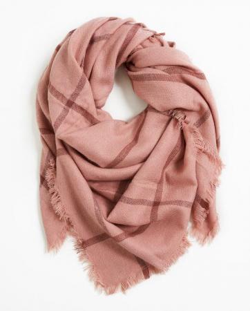 Écharpe rose à carreaux