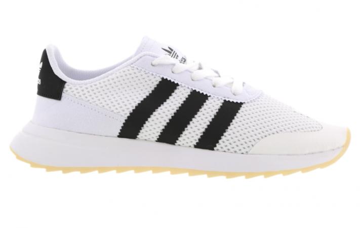 Schoenen Adidas