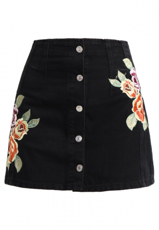 La jupe trapèze boutonnée
