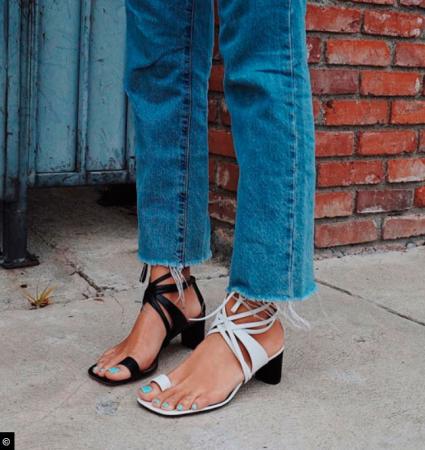 Les chaussures dépareillées