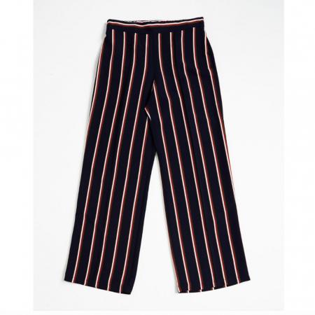 La jupe-culotte «à trois bandes»