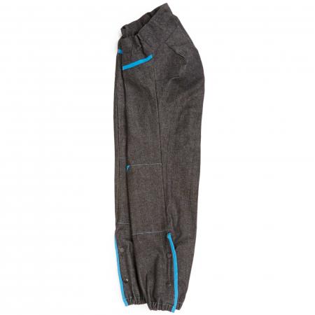 Pantalon gris avec liserés turquoise