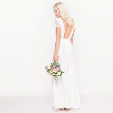 Longue robe de mariée dos nu