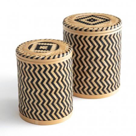 Petits pots en bambou tressé