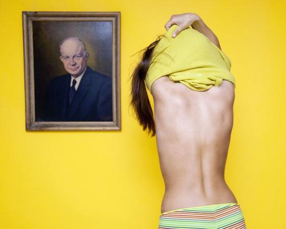 In Ohio is het verboden om je kleren uit te doen voor een portret. Olivia Locher