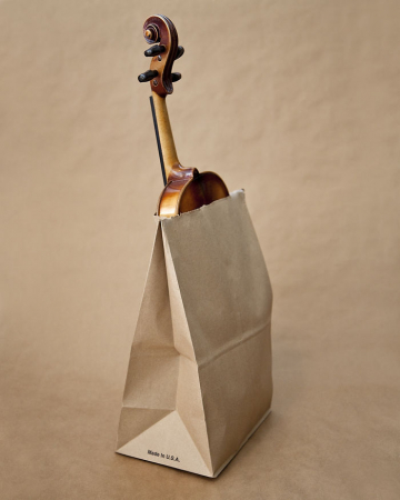 In Utah mag je niet op straat lopen met een viool in een papieren zak. Olivia Locher