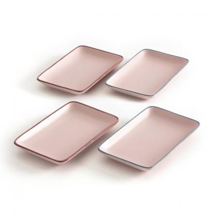 4 rechthoekige kleine borden