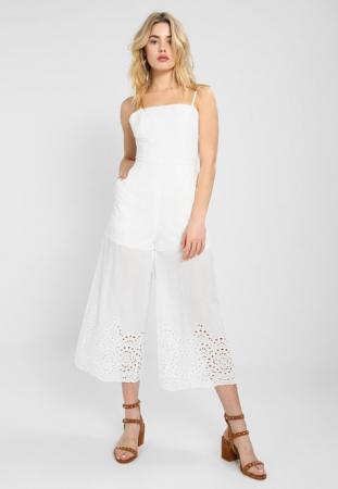 Witte jumpsuit met culotte en geborduurde pijpen 'Harmony'