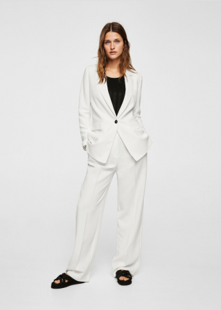 Wit maatpak met wijde pantalon